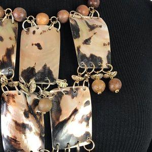 Chico's Jewelry - Chico's / Shell Bib Round Wood Beads Gold Metal OS